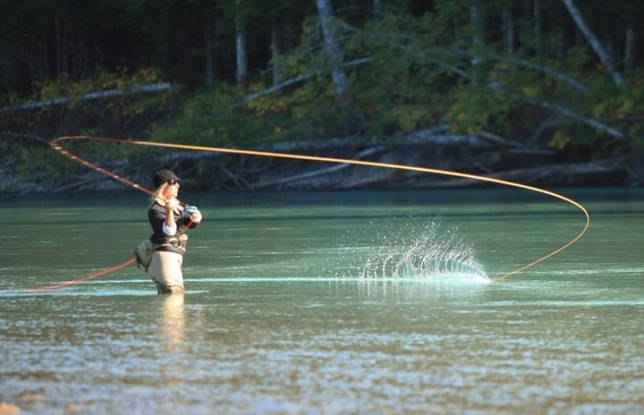 Ловля тайменя в августе на спиннинг